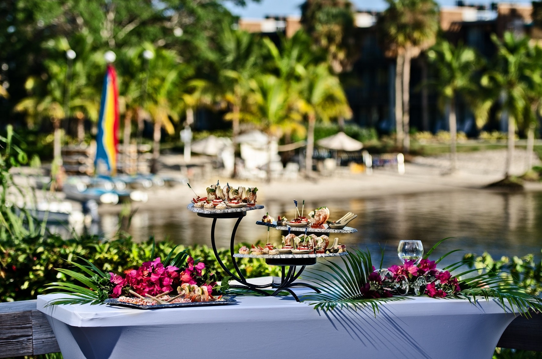 Riverside Restaurant - www.ClubMedAcademies.com